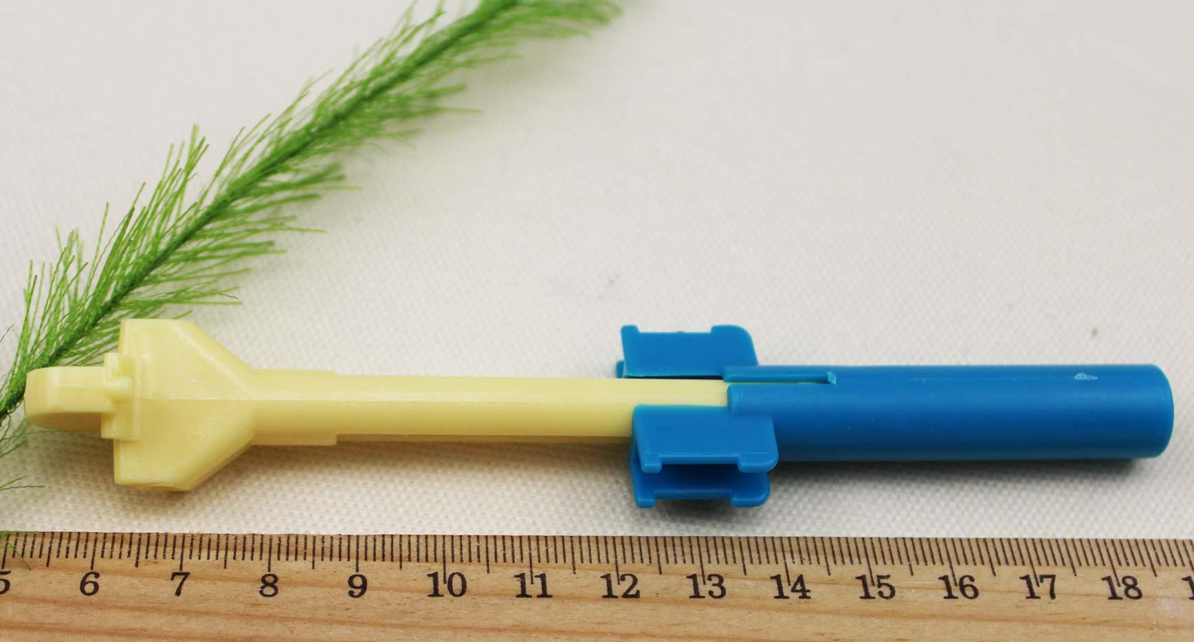 Крючок для вязания резинками фото